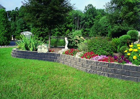 Garden Walls 1 Best Way to Brighten Garden Walls and Fences