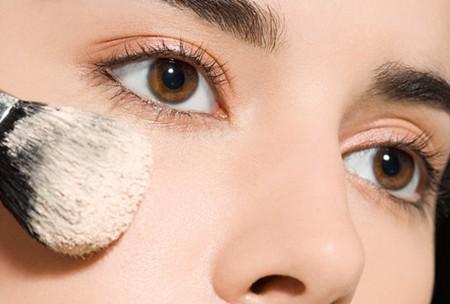 Apply Base Makeup 1 Best Way to Apply Base Makeup