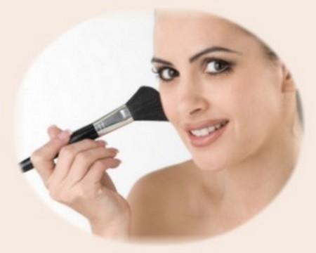 Apply Base Makeup Best Way to Apply Base Makeup