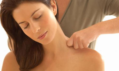 Acupressure Best Way to Relieve Your Headaches with Self Massage, Aromatherapy, and Acupressure